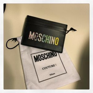New MOSCHINO card wallet